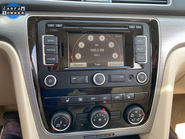 2014 Volkswagen Passat TDI SE w/Sunroof & Nav Madison, NC 31