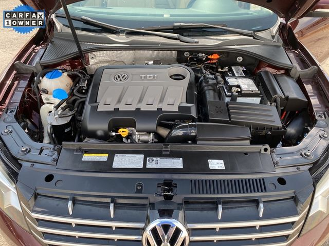 2014 Volkswagen Passat TDI SE w/Sunroof & Nav Madison, NC 39