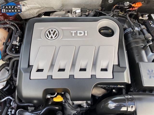2014 Volkswagen Passat TDI SE w/Sunroof & Nav Madison, NC 42