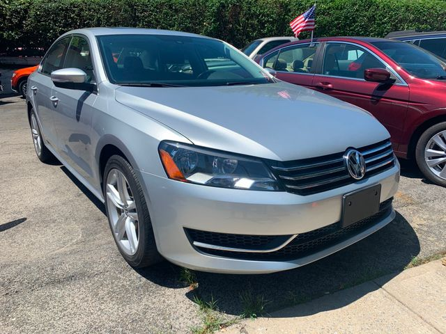 2014 Volkswagen Passat SE w/Sunroof in New Rochelle, NY 10801