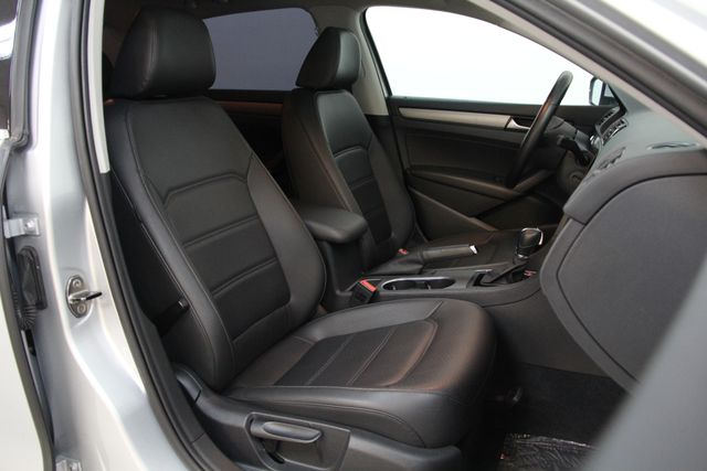 2014 Volkswagen Passat TDI SE w/Sunroof & Nav Richmond, Virginia 22