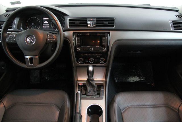 2014 Volkswagen Passat TDI SE w/Sunroof & Nav Richmond, Virginia 3