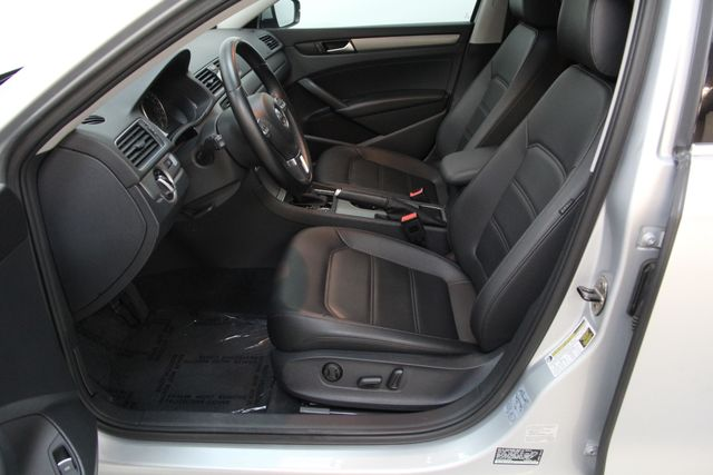2014 Volkswagen Passat TDI SE w/Sunroof & Nav Richmond, Virginia 15