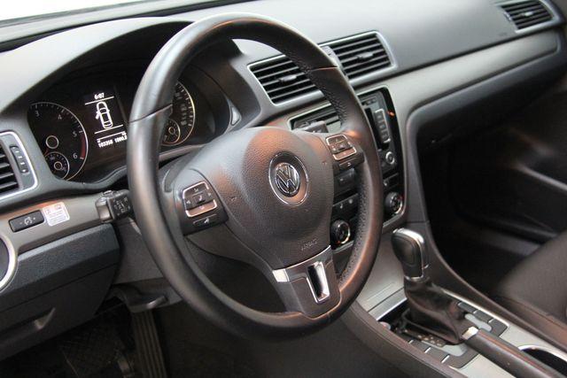 2014 Volkswagen Passat TDI SE w/Sunroof & Nav Richmond, Virginia 13