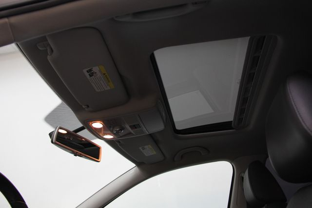 2014 Volkswagen Passat TDI SE w/Sunroof & Nav Richmond, Virginia 11