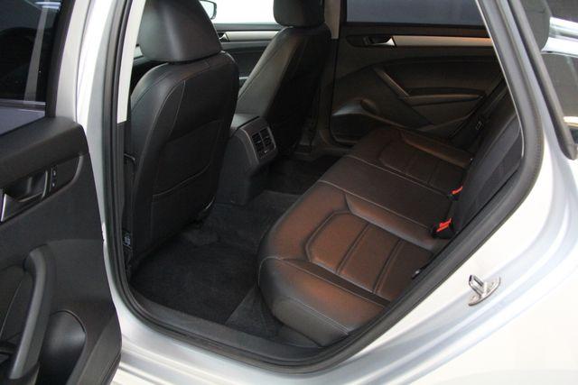 2014 Volkswagen Passat TDI SE w/Sunroof & Nav Richmond, Virginia 24