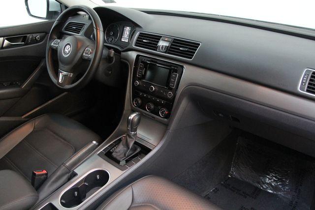 2014 Volkswagen Passat TDI SE w/Sunroof & Nav Richmond, Virginia 19