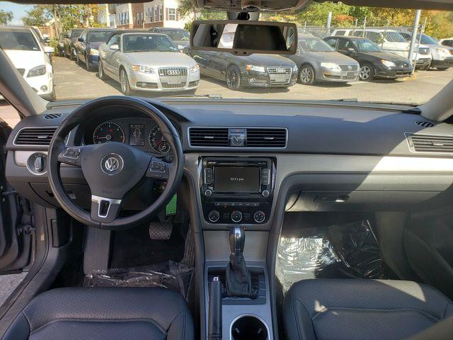 2014 Volkswagen Passat TDI SE w/Sunroof in Sterling, VA 20166