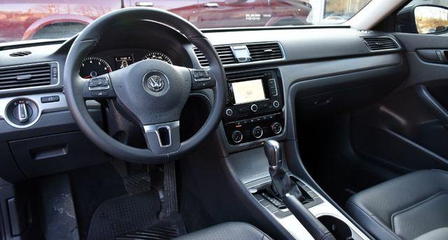 2014 Volkswagen Passat SE w/Sunroof & Nav Waterbury, Connecticut 15