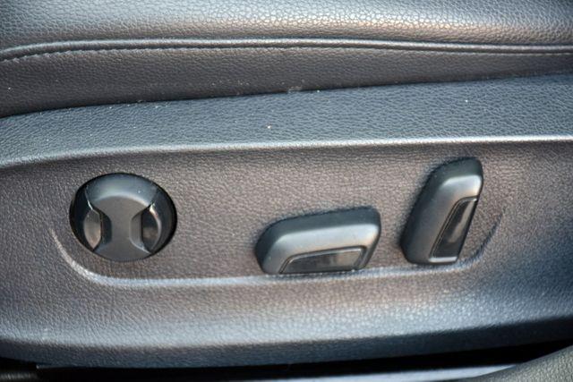 2014 Volkswagen Passat SE w/Sunroof & Nav Waterbury, Connecticut 17