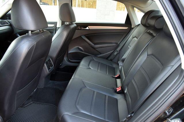 2014 Volkswagen Passat SE w/Sunroof & Nav Waterbury, Connecticut 18