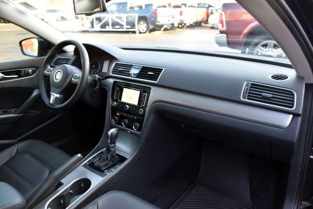 2014 Volkswagen Passat SE w/Sunroof & Nav Waterbury, Connecticut 21