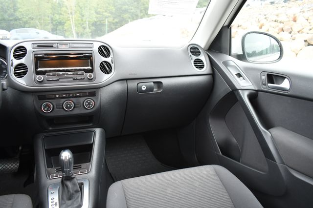 2014 Volkswagen Tiguan S Naugatuck, Connecticut 18