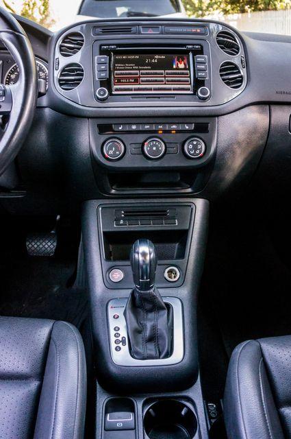 2014 Volkswagen Tiguan SE in Reseda, CA, CA 91335