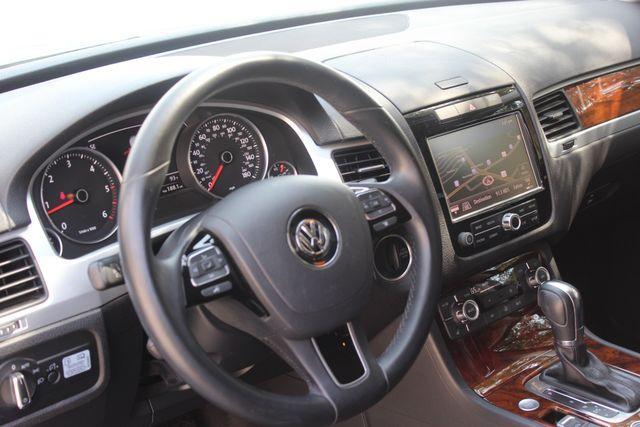 2014 Volkswagen Touareg Lux Austin , Texas 8
