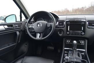 2014 Volkswagen Touareg Sport Naugatuck, Connecticut 13
