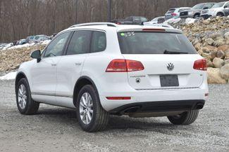 2014 Volkswagen Touareg Sport Naugatuck, Connecticut 2