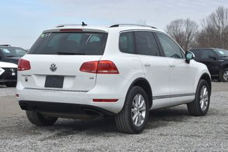 2014 Volkswagen Touareg Sport Naugatuck, Connecticut 4