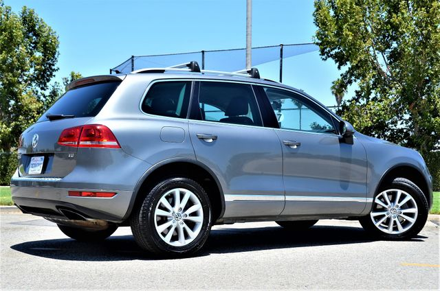 2014 Volkswagen Touareg Sport Reseda, CA 24