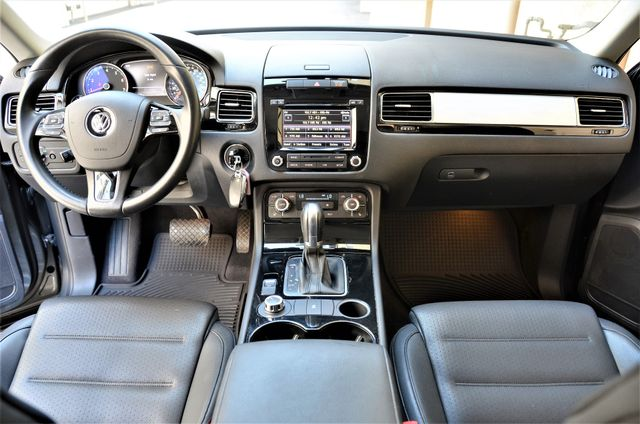 2014 Volkswagen Touareg Sport Reseda, CA 33