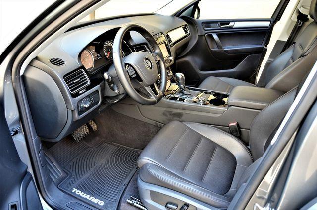 2014 Volkswagen Touareg Sport Reseda, CA 35