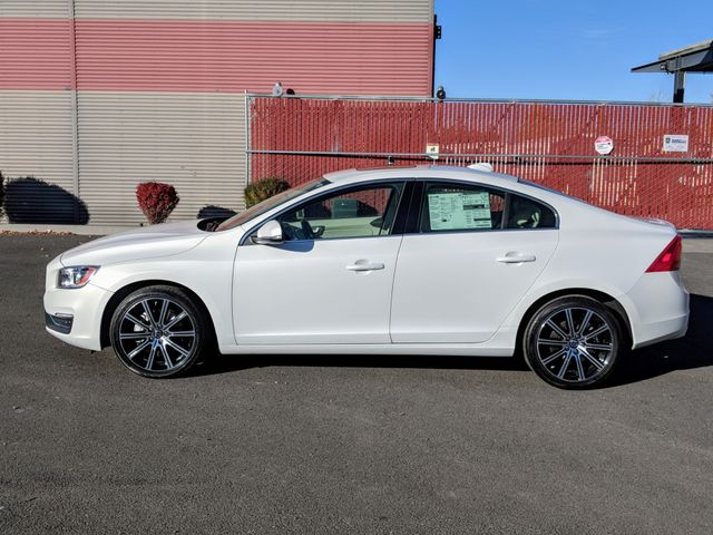 2014 Volvo S60 T6 Platinum AWD Bend, Oregon 4
