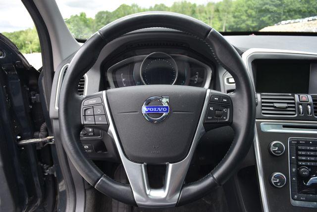 2014 Volvo XC60 3.2L AWD Naugatuck, Connecticut 22