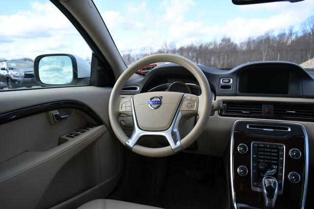 2014 Volvo XC70 3.2L Naugatuck, Connecticut 17