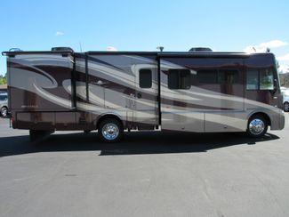 2014 Itasca Sunova 33C One Owner Like New! Bend, Oregon 4