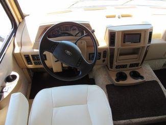2014 Itasca Sunova 33C One Owner Like New! Bend, Oregon 8