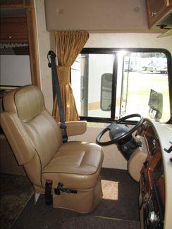 2014 Winnebago Vista   city Florida  RV World of Hudson Inc  in Hudson, Florida