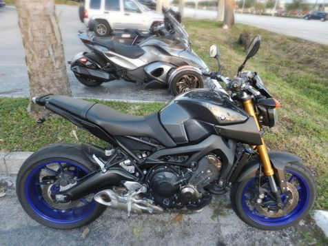 2014 Yamaha FZ 09 in Hollywood, Florida