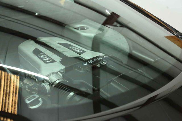 2015 Audi R8 Coupe V8 Houston, Texas 26