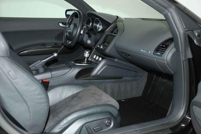 2015 Audi R8 Coupe V8 Houston, Texas 19