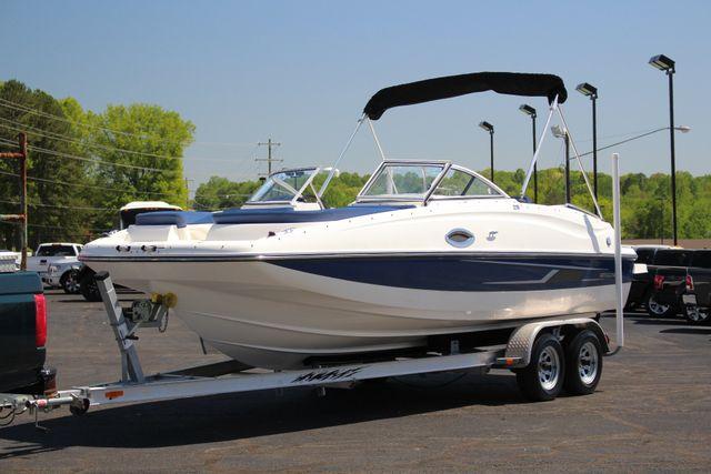 2015 Bayliner 215 Deck Boat Mooresville , NC 13