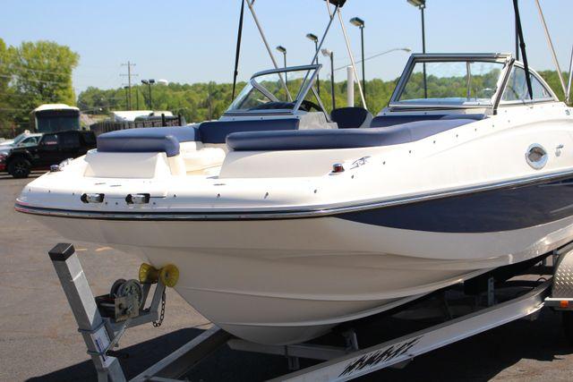 2015 Bayliner 215 Deck Boat Mooresville , NC 17