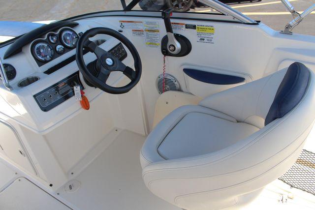 2015 Bayliner 215 Deck Boat Mooresville , NC 6
