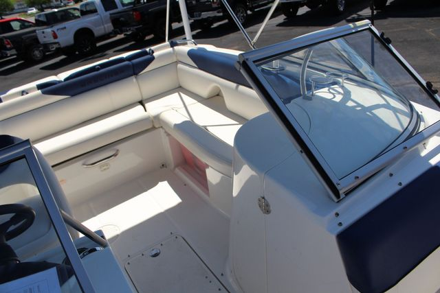 2015 Bayliner 215 Deck Boat Mooresville , NC 26