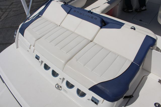 2015 Bayliner 215 Deck Boat Mooresville , NC 66