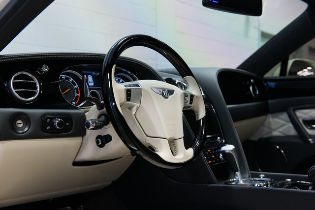 2015 Bentley Flying Spur W12 $254,830 MSRP Orlando, FL 19