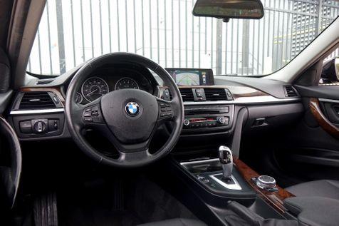 2015 BMW 320i Nav*Sunroof*BU Cam*Only 78k*EZ Finance** | Plano, TX | Carrick's Autos in Plano, TX