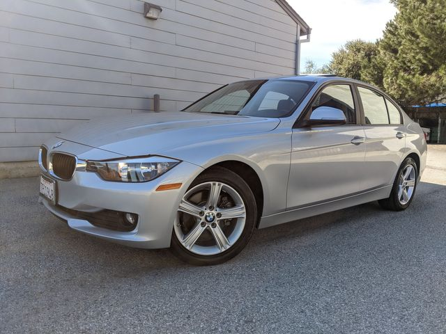 2015 BMW 320i XDRIVE ((**NAVIGATION...MOON-ROOF..HEATED SEATS**)) in Campbell, CA 95008