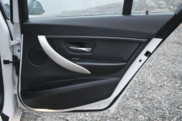 2015 BMW 320i xDrive Naugatuck, Connecticut 11