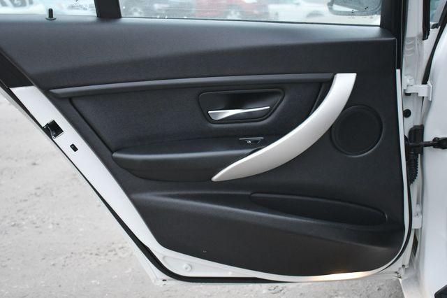 2015 BMW 320i xDrive Naugatuck, Connecticut 12