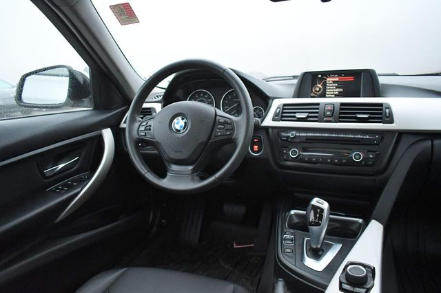 2015 BMW 320i xDrive Naugatuck, Connecticut 15