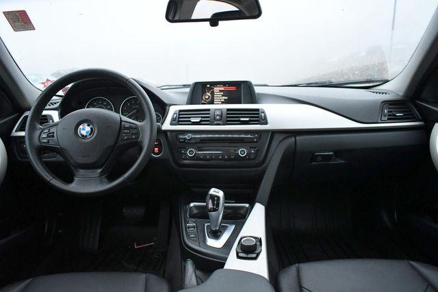 2015 BMW 320i xDrive Naugatuck, Connecticut 16