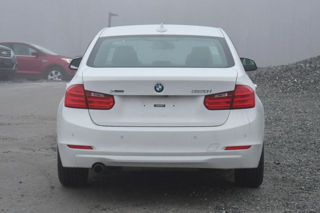 2015 BMW 320i xDrive Naugatuck, Connecticut 3