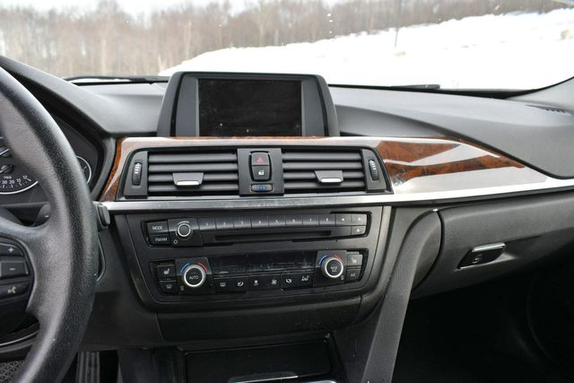 2015 BMW 328i xDrive Naugatuck, Connecticut 23