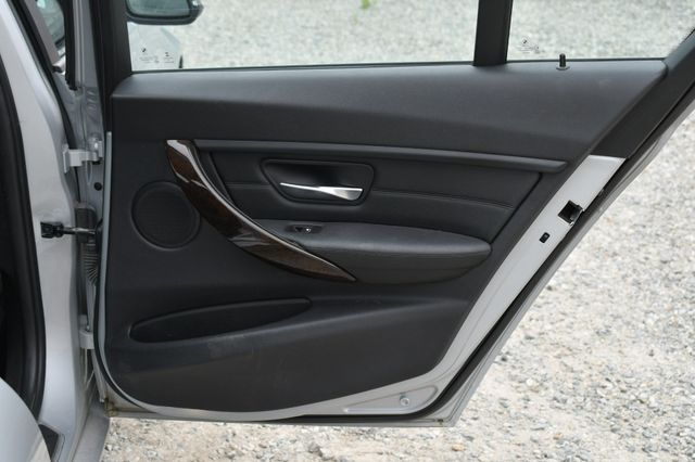 2015 BMW 328i xDrive Naugatuck, Connecticut 13