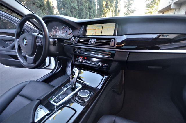 2015 BMW 528i Reseda, CA 30
